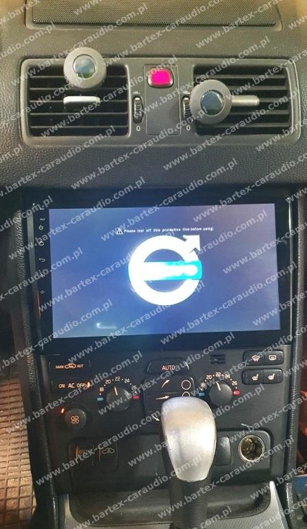 """*USŁUGA: zamontowanie uniwers.2DIN z LCD-10"""" w VOLVO XC90 2002->"""
